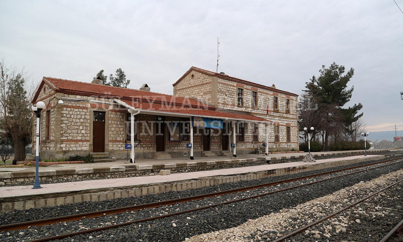 Gönen Devlet Demir Yolları İstasyonu