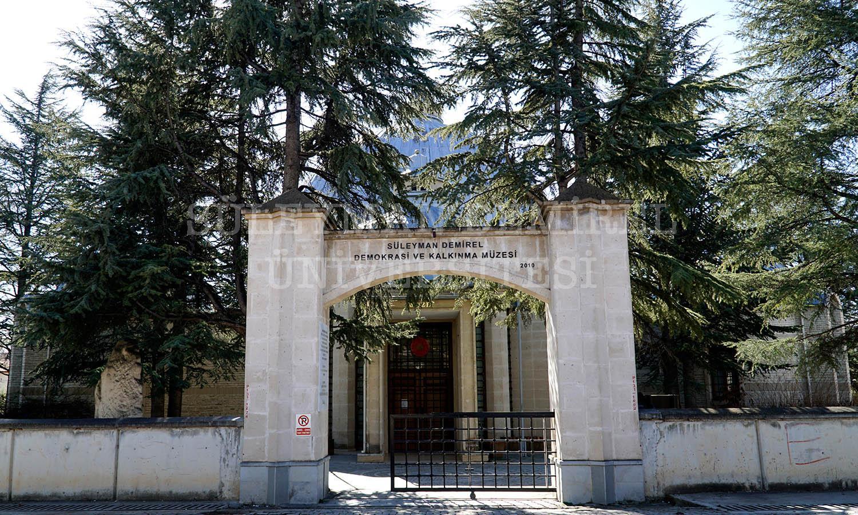 Süleyman Demirel Demokrasi ve Kalkınma Müzesi